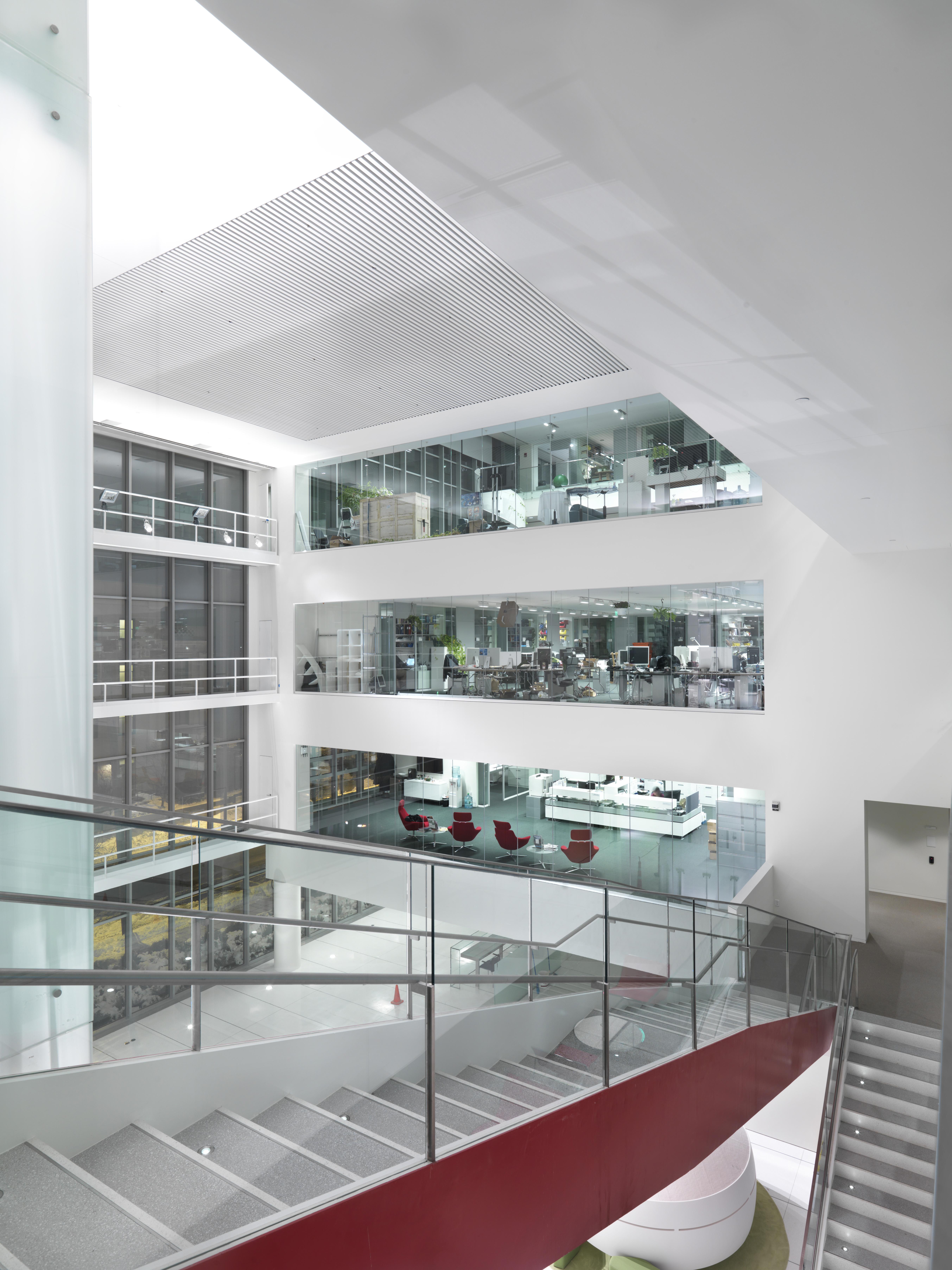 building mit media lab